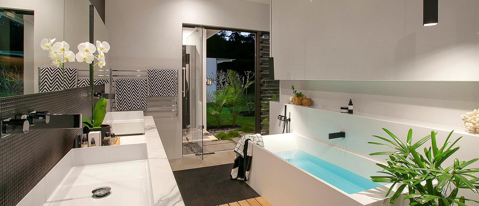 Sarah_Waller_Design_Hero_10_Doonan_Glasshouse_Bathroom_image_1600_1-min